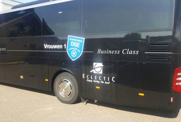 EclectiC sponsors DSE women soccer team 1 from Etten-Leur